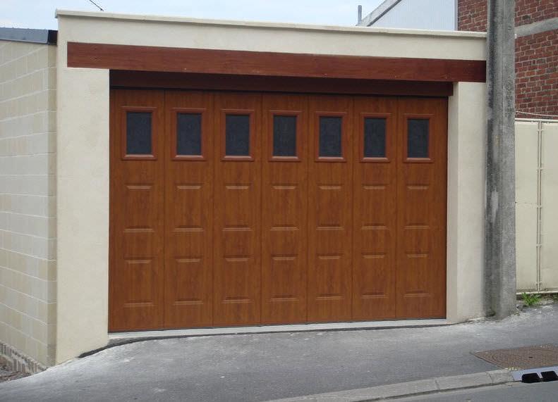 Puertas de garaje de madera stunning puerta en panel liso - Tipos de puertas de garaje ...